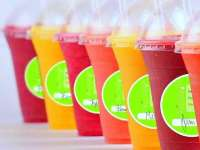 Who Wants a Refreshing Fruit Oxgyen Smoothie?